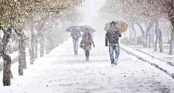 تعبیر خواب با برف و باران و طوفان ، تعبیر خواب خوردن برف و برف بازی ، تعبیر خواب آدم برفی ، دیدن خواب برف سنگین روی زمین و ذوب شدن برف