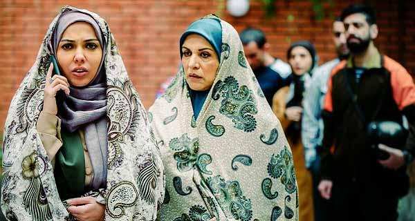 لیلا اوتادی و رویا تیموریان در سریال حوالی پاییز ، بازیگران سریال حوالی پاییز