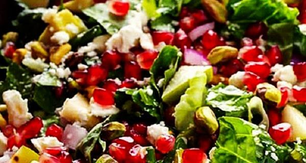 سالاد انار با کاهو ،  طرز تهیه سالاد انار با کاهو خوشمزه و مخصوص ، دستور تهیه سالاد انار با کاهو با سس  مخصوص ، salad anar ba kaho