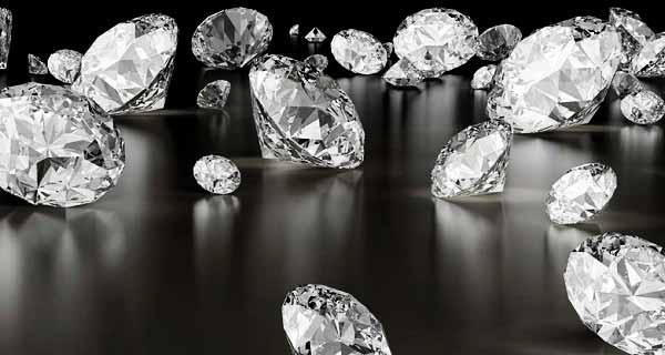 تعبیر دیدن الماس در خواب ، تعبیر خواب الماس قرمز, آبی, صورتی, سفید, بنفش, زرد در خواب ، تعبیر پیدا کردن و گم کردن الماس و جواهر در خواب
