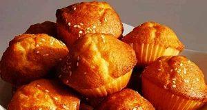 کیک یزدی ، آموزش طرز تهیه و پخت کیک یزدی ، مواد لازم کیک یزدی خوشمزه زعفرانی و بازاری شکلاتی در خانه ، کیک یزدی در فر و بدون فر در توستر