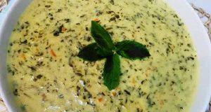 طرز تهیه سوپ گشنیز خوشمزه و مجلسی ساده با گشنیز و ریحان با عکس ، بهترین دستور پخت سوپ گشنیز به همراه مواد لازم ، soap geshniz