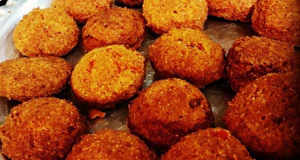 فلافل ، طرز تهیه و مواد لازم فلافل ساده برای 4 نفر ، آموزش  کامل طرز تهیه فلافل ساده خانگی و خوشمزه به روش اهوازی و آبادانی با سیب  زمینی و آرد نخودچی، falafel