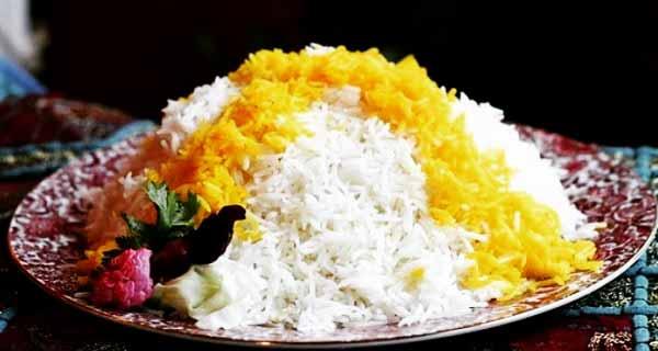 طرز تهیه برنج آبکش, دستور پخت برنج آبکش برای 4 نفر، نحوه خیساندن و پختن برنج با زعفران و زرشک، berenj abkesh