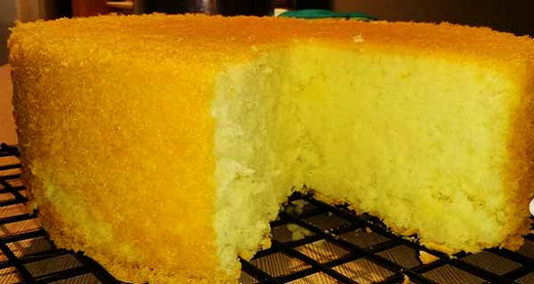 کیک پنبه ای، طرز تهیه کیک پنبه ای خوشمزه و مجلسی نرم و لطیف  با طعم توت فرنگی و ساده در فر و قابلمه ای، cake-panbeyi