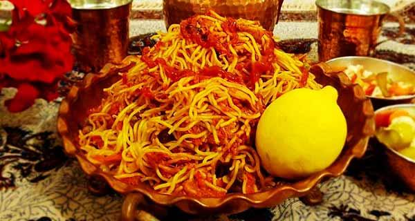 ماکارونی با مرغ ریش ریش شده، طرز تهیه و پخت ماکارونی با مرغ و قارچ ریش ریش شده در منزل , makaroni-morgh-garch