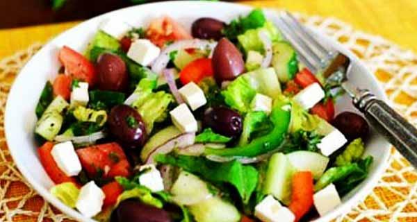 سالاد ترکیه ای ، طرز تهیه و درست کردن سالاد ترکیه ای خوشمزه و مجلسی در منزلبرای 4 تا 5 نفر ، salad turkiyeyi