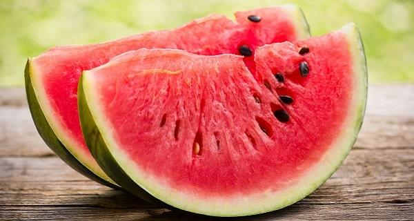تعبیر خواب هندوانه ، تعبیر خوردن هندوانه شیرین، هندوانه  نسیده و هندوانه گندبده در خواب چیست؟، tabir khab hendevaneh