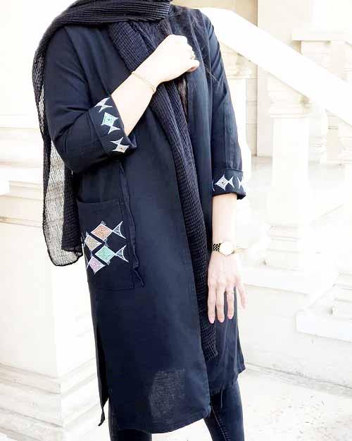 مدل مانتو مشکی طرح دار شیک و زیبا برای دختران امروزی