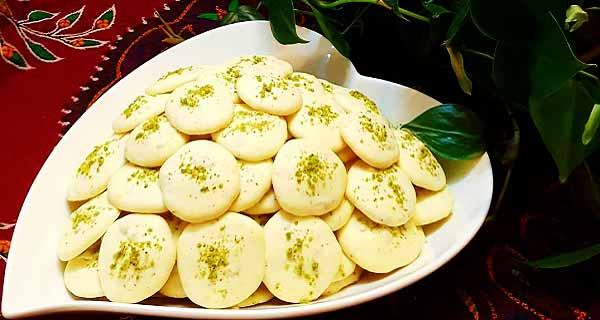 شیرینی پفکی گردویی، طرز تهیه و پخت شیرینی پفکی گردویی خوشمزه و مجلسی در منزل