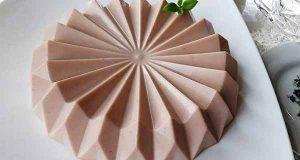 طرز تهیه کرم باواریا توت فرنگی به روشی خوشمزه و مجلسی در خانه برای مهمانی، cream-bawaria-tootfarangi