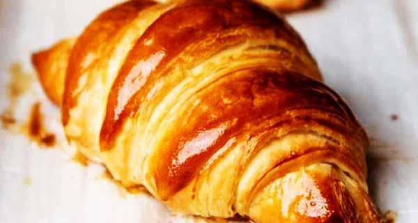 طرز تهیه کروسان به شیوه ای ساده و خوشمزه مجلسی در منزل با خمیر آماده و جادویی ، croissant-sade