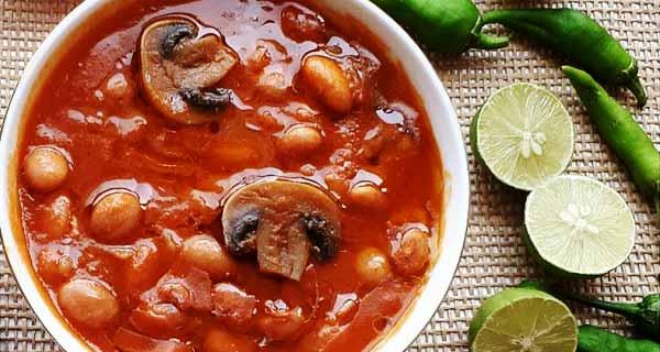 طرز تهیه خوراک لوبیا با قارچ به روشی خوشمزه و مجلسی در منزل مرحله به مرحله، khorak loobia garch