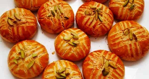 طرز تهیه و روش پخت کلوچه رژیمی بدون کره و شکر بسیار خوشمزه و مقوی در منزل برای خانم ها، kolache-regime