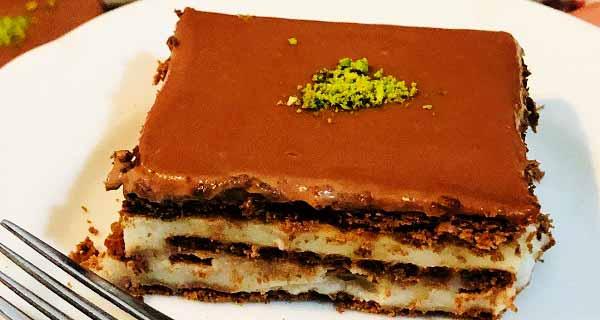 طرز تهیه کیک بیسکویتی پودینگی ساده و خوشمزه بدون فر در منزل مرحله به مرحله، cake biskuvili puding