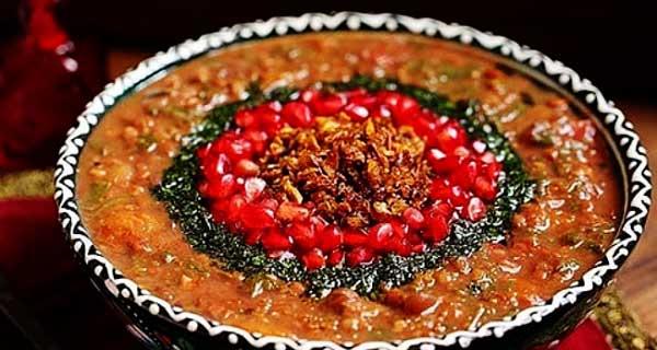 طرز تهیه سوپ لبو و انار خوشمزه و مجلسی در منزل مرحله به مرحله، سوپ لبو شیرازی