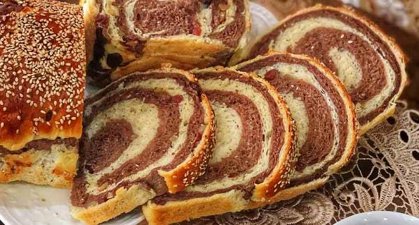 طرز تهیه نان شکلات و کشمش خوشمزه و مقوی برای صبحانه