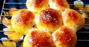 طرز تهیه نان کشمشی نرم و خوشمزه خانگی برای صبحانه و عصرانه با پیمانه