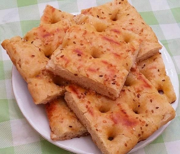 طرز تهیه نان قندی شیرازی خوشمزه و نرم به روش بازاری