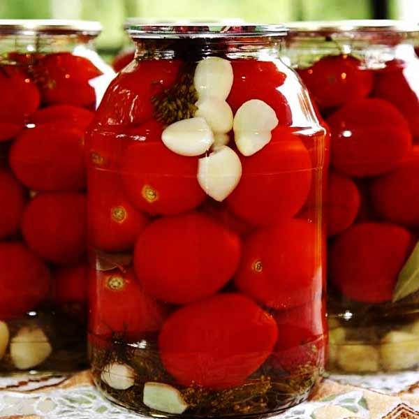 طرز تهیه ترشی گوجه فرنگی خوشمزه و تند با گوجه های گیلاسی