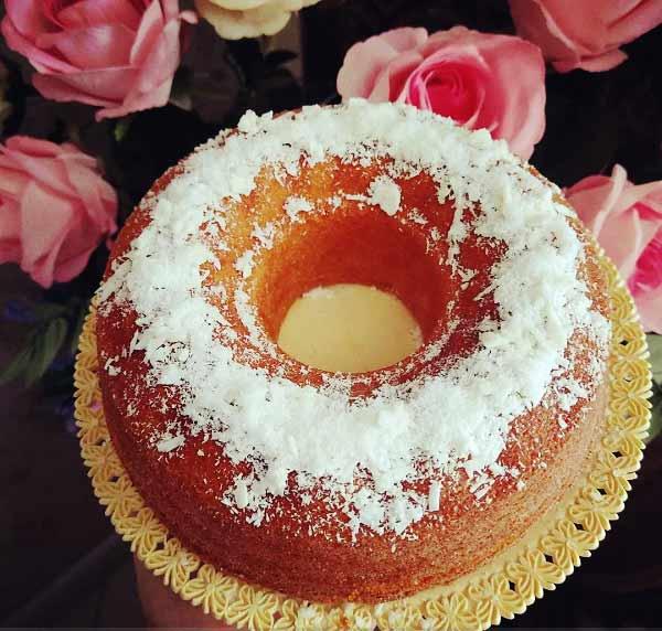 طرز تهیه کیک نارگیلی خوشمزه و زعفرانی خوش عطر مرحله به مرحله در منزل