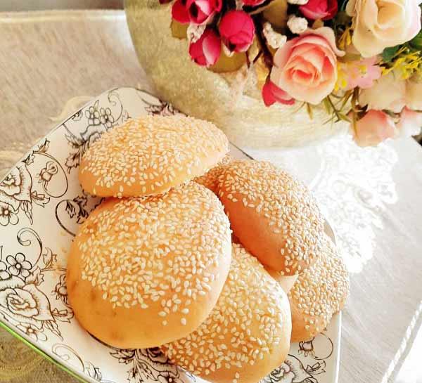 طرز تهیه کلوچه کنجدی نرم و خوشمزه بازاری در خانه مرحله به مرحله برای مهمانی و عید